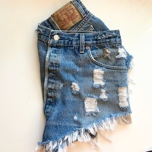VINTAGE MADE IN USA Levi's 501xx Denim Shorts- S14